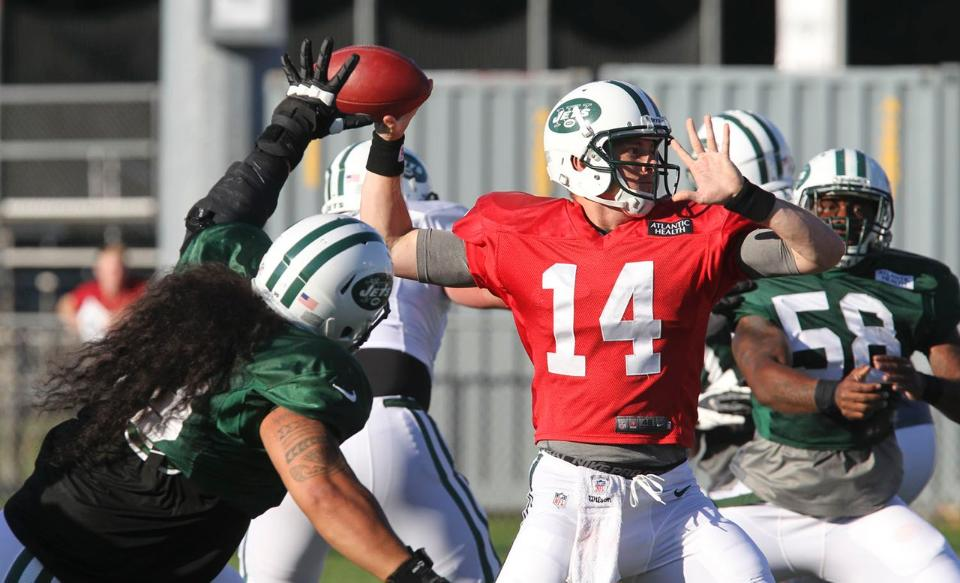 McElroy, Powell Shine During Green and White Scrimmage