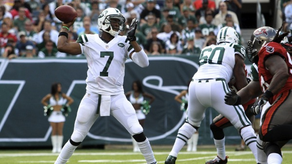 Lucky Jets Defeat Undisciplined Buccaneers 18-17