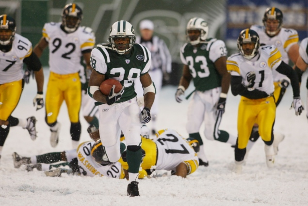 Throwback Thursday: Martin Runs Jets to Victory