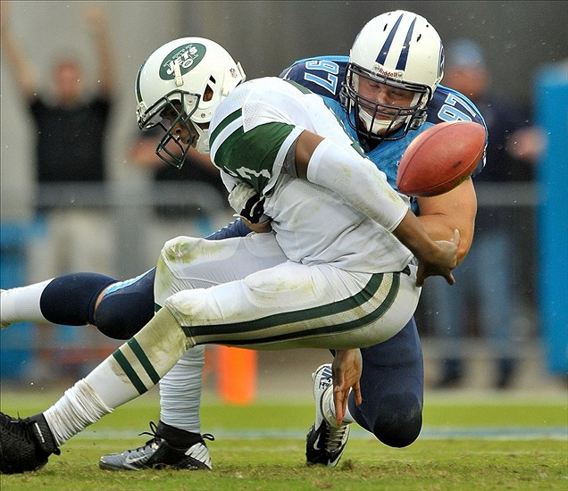 Smith Implodes; Titans Defeat Jets 38-13