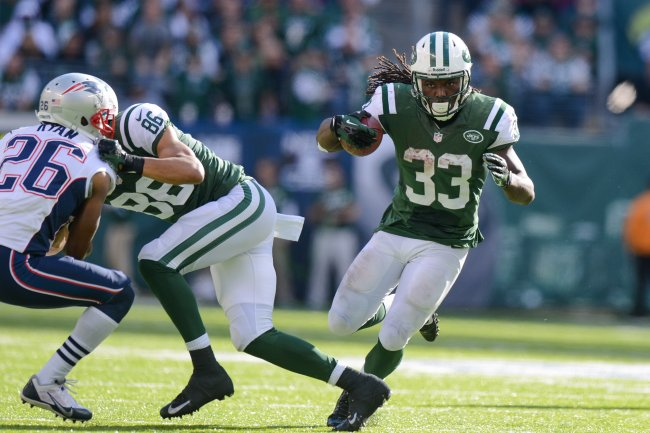 hi-res-185435736-running-back-chris-ivory-of-the-new-york-jets-carries_crop_exact